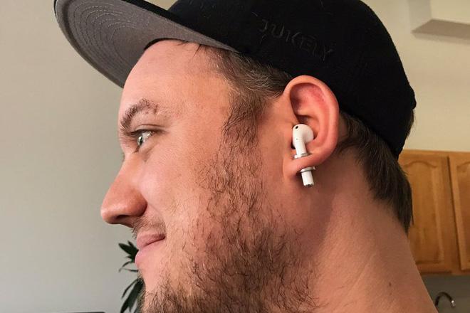 Đừng đeo tai nghe không dây quá 1 tiếng đồng hồ, tai của bạn cũng cần phải thở - ảnh 1