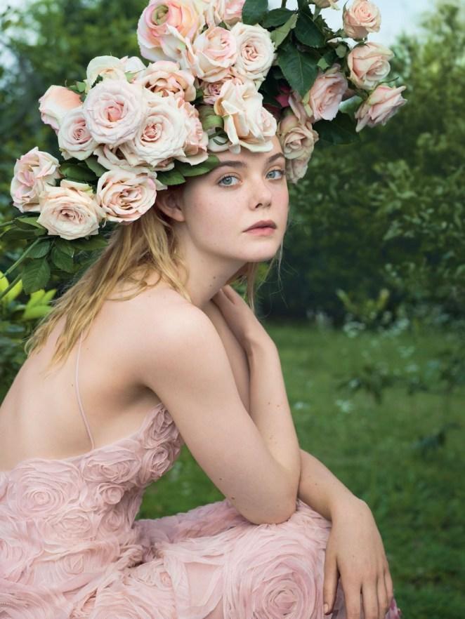 """Còn đâu """"công chúa"""" Elle Fanning đẹp như tiên tử ngày nào: Visual tuột dốc, sốc nhất là body lộ cả xương ngực - Ảnh 11."""