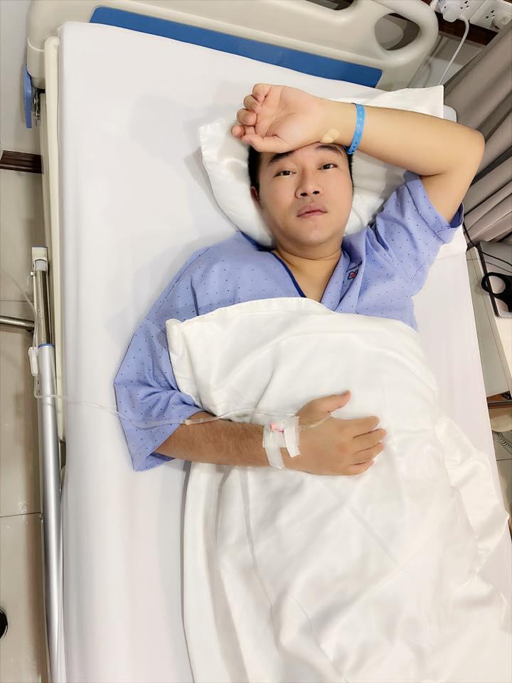 Một nam ca sĩ phải nhập viện phẫu thuật dạ dày, Quang Hà, Phương Oanh và dàn sao vô cùng lo lắng - Ảnh 1.