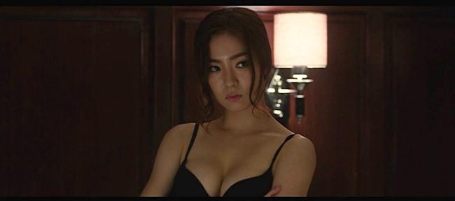 Thánh mặt đơ Shin Se Kyung hóa ra lại là mỹ nữ mê cởi, tuyên bố vô tư đóng cảnh nóng không cần đóng thế - ảnh 4