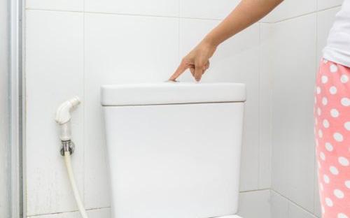 4 dấu hiệu khi đi tiểu buổi sáng giúp phái nữ nhận biết tử cung của mình có khỏe mạnh hay không