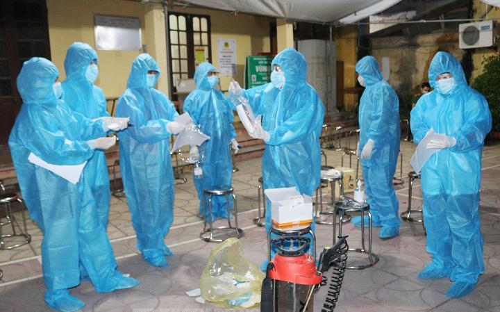 Hà Nội: Phát hiện chuỗi 6 ca nghi nhiễm Covid-19, phường Lĩnh Nam thông báo khẩn
