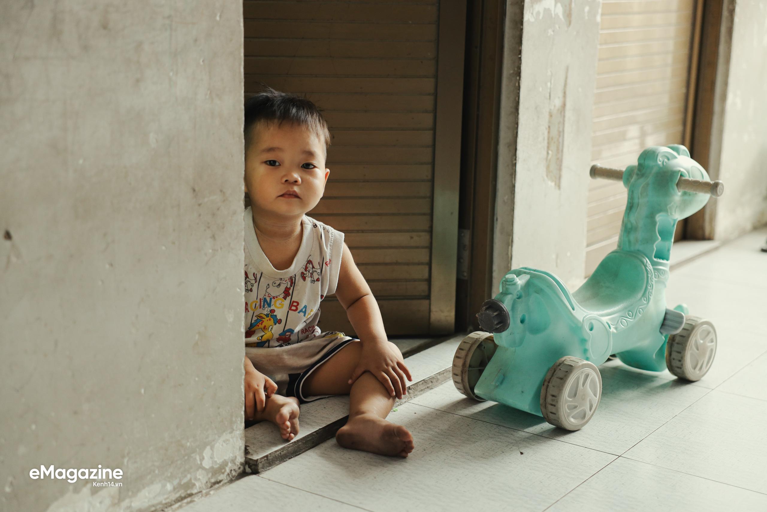 Chuyện những người công nhân ở lại Sài Gòn ăn Tết: Rồi ai cũng có Tết, chỉ cần cả gia đình ở bên nhau... - Ảnh 4.