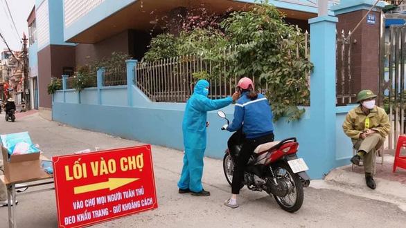 Dịch Covid-19 ngày 19/2: Thêm 15 ca mắc mới ở Hải Dương; Hơn 83% ca mắc ở Việt Nam không có biểu hiện, khó phát hiện - Ảnh 1.