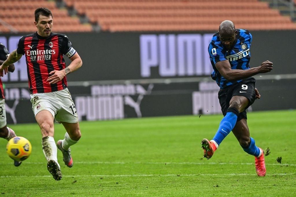 Song sát Lu - La chói sáng, Inter Milan quật ngã AC trong trận cầu 6 điểm tranh chức vô địch - Ảnh 8.
