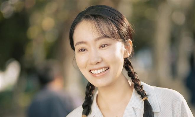 Cả Trung Quốc khóc nấc vì Xin Chào, Lý Hoán Anh: Hắc mã phòng vé ăn đậm 14 nghìn tỷ, đạo diễn tự làm - tự đóng để tặng mẹ đã mất - Ảnh 3.
