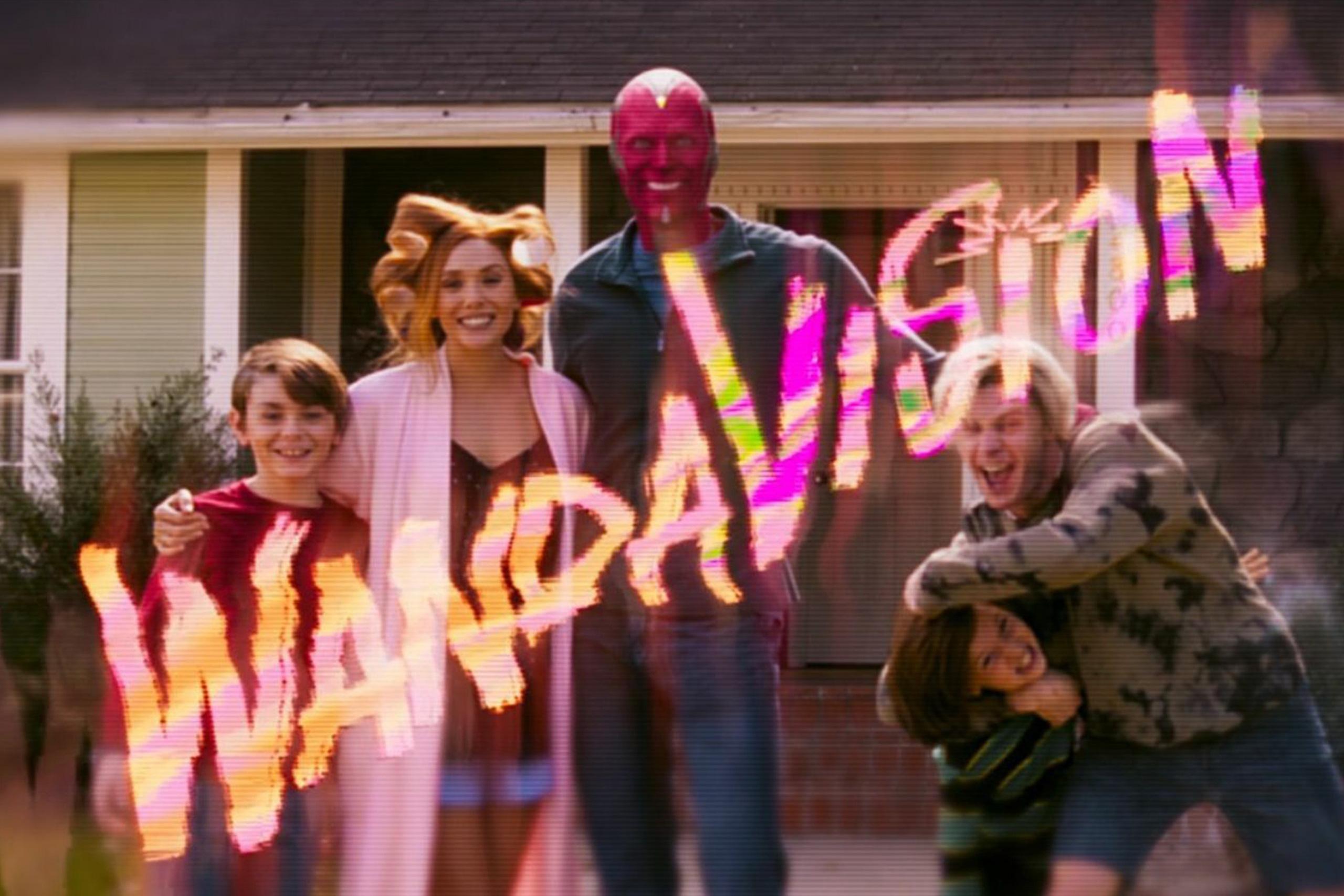 WandaVision: Nước cờ lột xác của Marvel, sáng tạo vô biên đúng chuẩn bom tấn truyền hình nổi nhất thế giới! - Ảnh 1.
