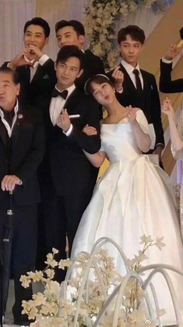 Lộ tạo hình cô dâu Dương Tử ở hậu trường Cá Mực Hầm Mật 2, đi cưới ké mà xinh muốn lấn sóng cặp chính luôn! - Ảnh 6.