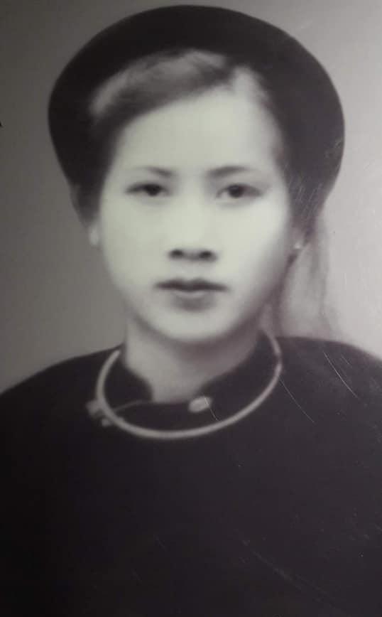 Cụ bà 100 tuổi ở Hà Nội gây sốt bởi nhan sắc xinh đẹp thời trẻ: Cụ vẫn minh mẫn, nhớ vanh vách tên tuổi con cháu - ảnh 1