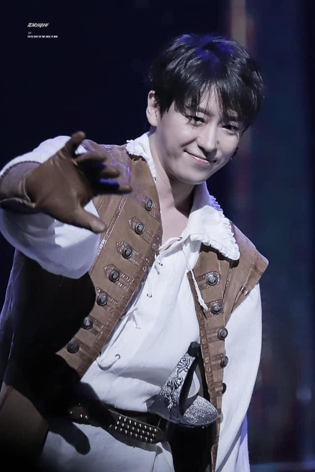 Ảnh thời thơ ngây của ác ma Ju Dan Tae (Penthouse 2) được đào lại, netizen ngất lịm: Đẹp tới độ ghét không nổi á! - ảnh 8