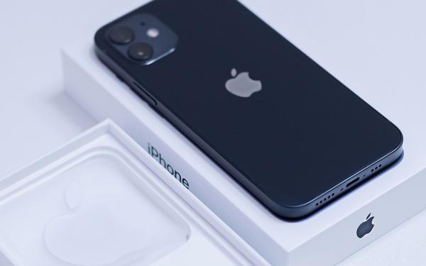 Sau 5 năm, Apple cuối cùng đã giành lại được vị trí vua di động từ tay Samsung - ảnh 1