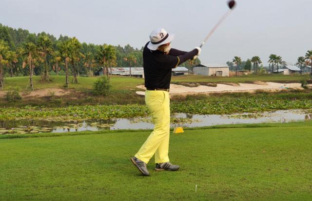 Giới nhà giàu Hàn Quốc mạnh tay chi hơn 2.000 USD cho dịch vụ cách ly chơi golf: 14 ngày trôi qua tựa như thiên đường - ảnh 1
