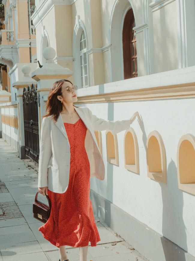 Street style Châu Á: Nhiều màu sắc xuống phố nhưng bất ngờ nhất là màn khoe eo mỏng dính của cô nàng váy cam - ảnh 15