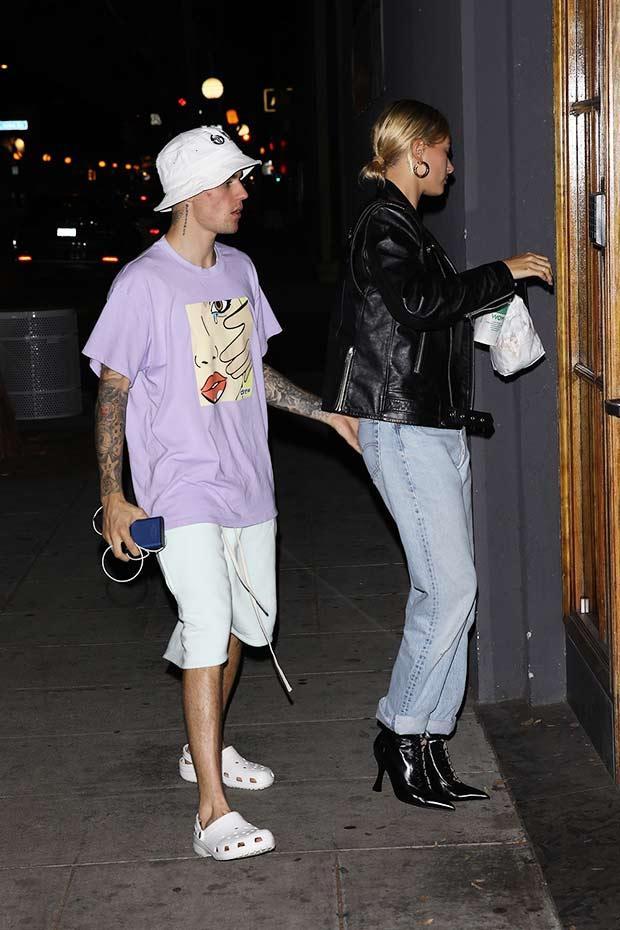 Đi đâu Justin Bieber cũng kè kè khẳng định chủ quyền với Hailey, còn để bàn tay hư bám dính mặc kệ mọi ánh nhìn - ảnh 11