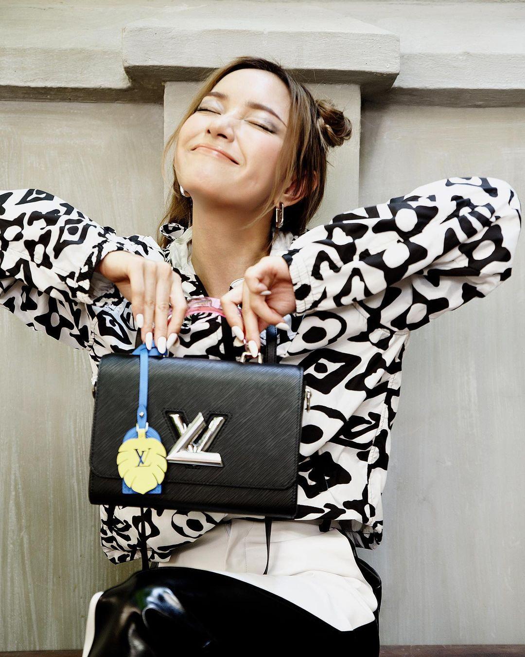 Nayeon (TWICE) bị dân tình mỉa mai vì debut bao năm nhưng giờ mới được dự fashion show danh giá - Ảnh 6.