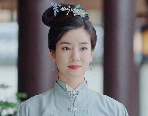 Ác nữ Cẩm Tâm Tựa Ngọc hóa ra chính là người xưa đọ visual với Triệu Lệ Dĩnh ở Hoàn Châu Cách Cách 001