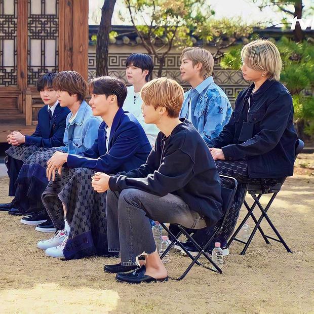 BTS bất ngờ đến ngỡ ngàng khi ARMY mua hết quảng cáo trên talkshow để xem idol trọn vẹn 003