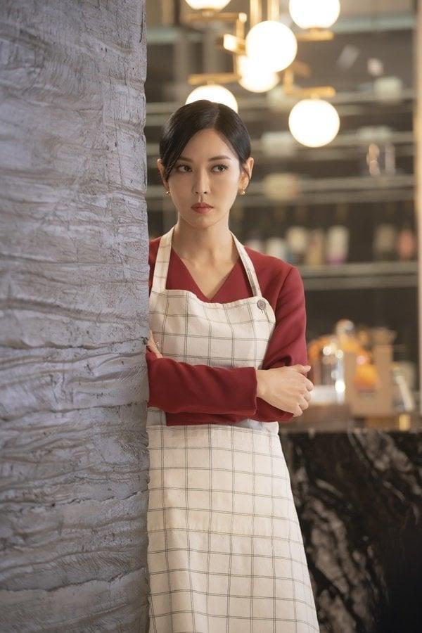 NSX Penthouse 2 tung loạt ảnh Seo Jin và Yoon Hee từ thù thành bạn, không quên nhắn nhủ khán giả: Hãy chuẩn bị tinh thần đi là vừa - Ảnh 2.