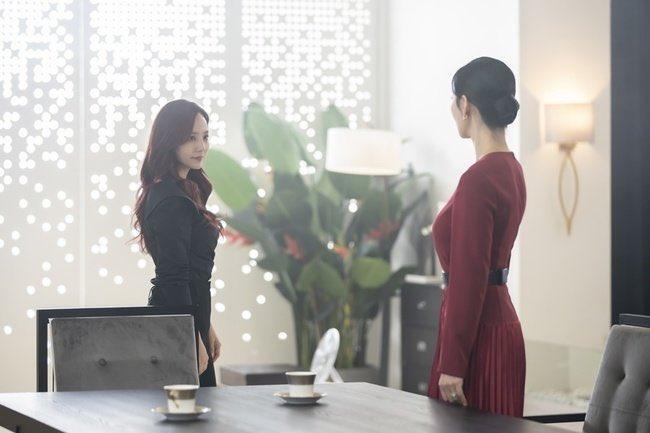 NSX Penthouse 2 tung loạt ảnh Seo Jin và Yoon Hee từ thù thành bạn, không quên nhắn nhủ khán giả: Hãy chuẩn bị tinh thần đi là vừa - Ảnh 5.