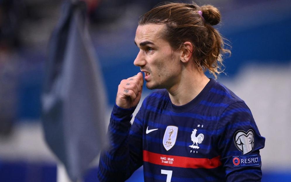 Bàn thua tai hại khiến đương kim vô địch Pháp ra quân thất vọng ở vòng loại World Cup 2022