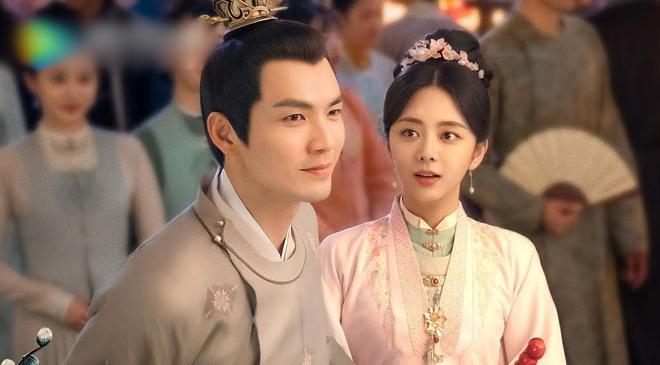 Rộ tin đồn mỹ nam cực hot bí mật kết hôn với quản lý, Chung Hán Lương - Trương Bân Bân bị 'réo' tên 002