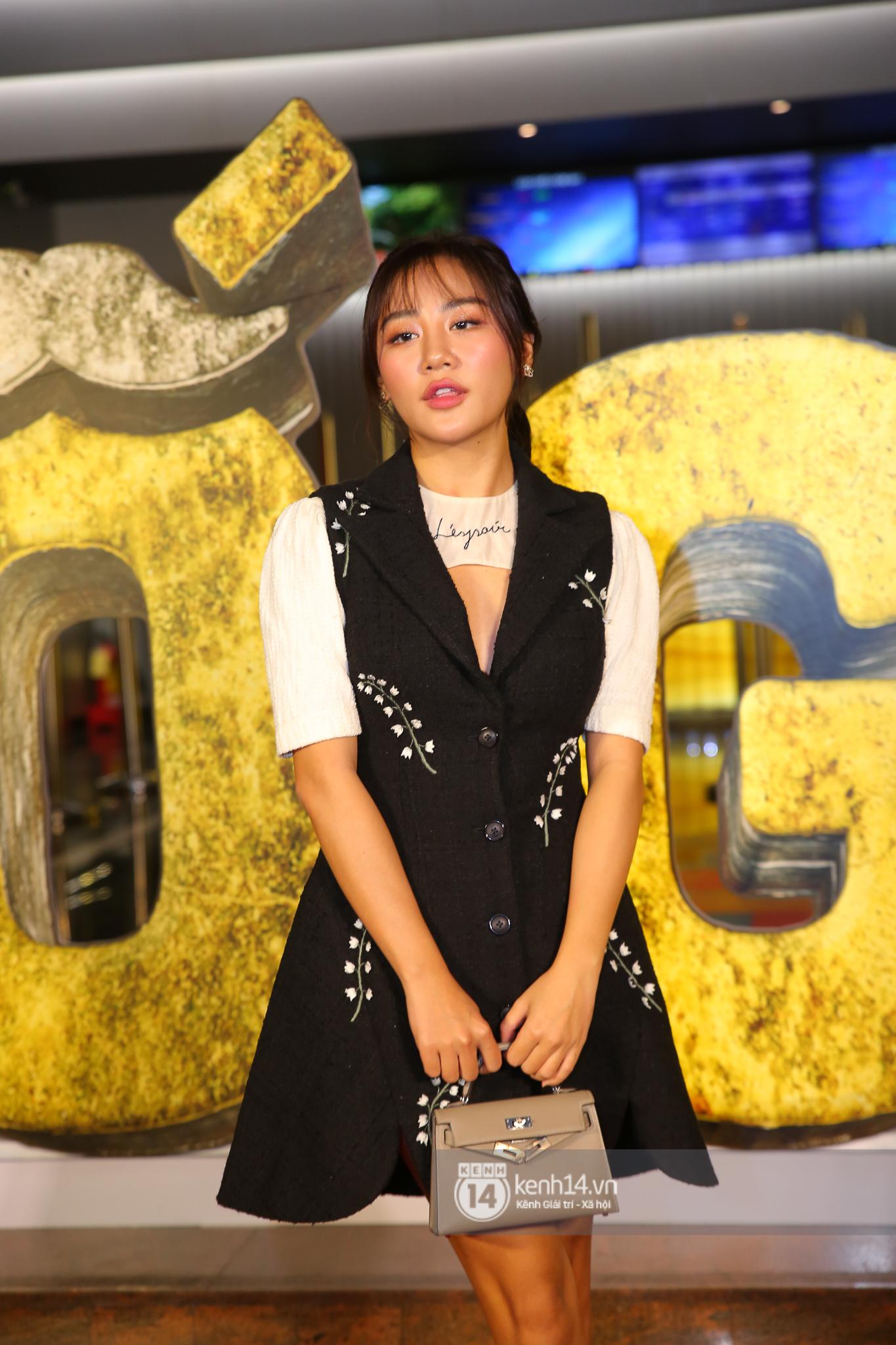 Cặp đôi nhà Đông Nhi, Lệ Quyên thi nhau show ân ái không kém cạnh Trấn Thành - Hariwon ở siêu thảm đỏ Bố Già - Ảnh 12.