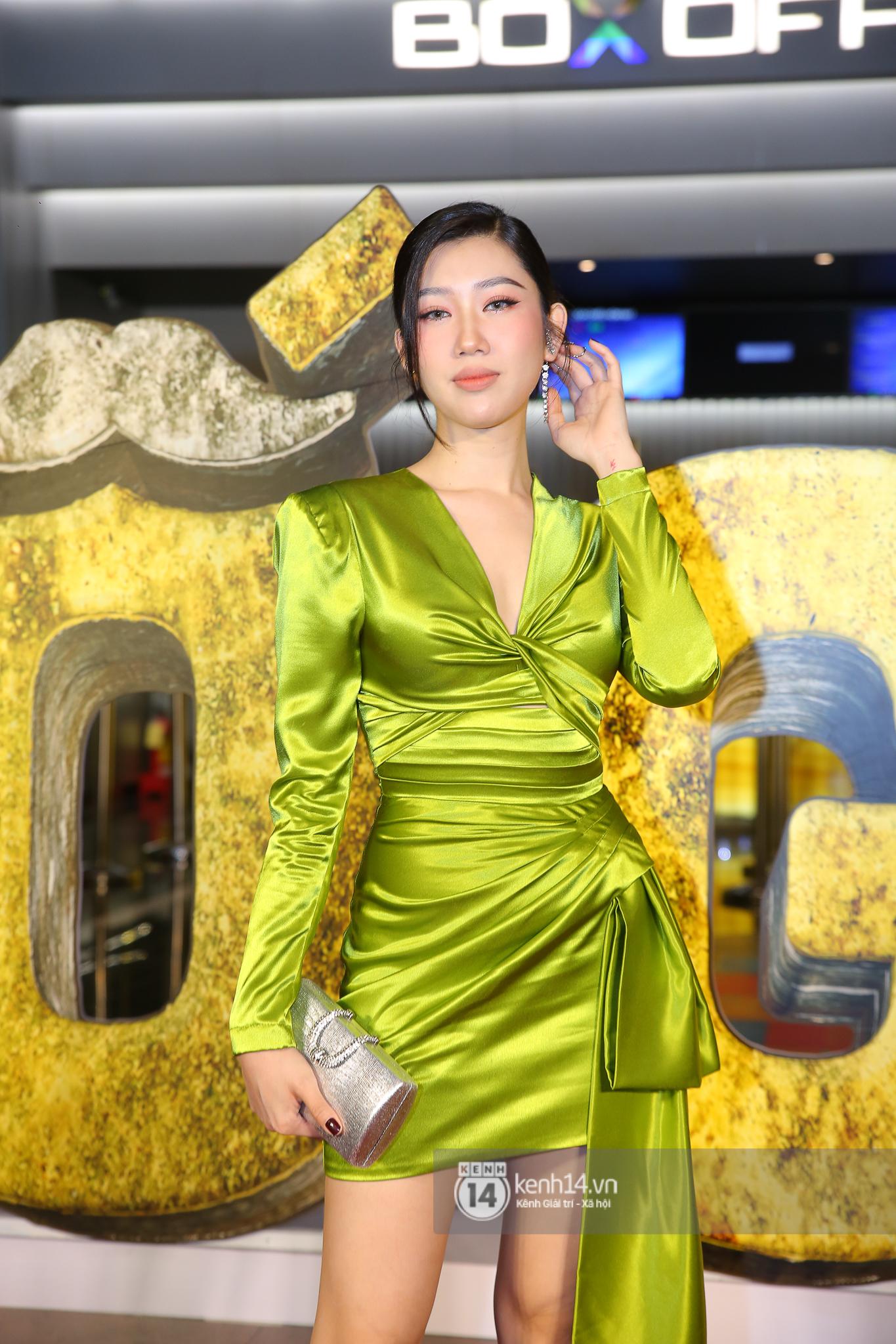 Cặp đôi nhà Đông Nhi, Lệ Quyên thi nhau show ân ái không kém cạnh Trấn Thành - Hariwon ở siêu thảm đỏ Bố Già - Ảnh 37.