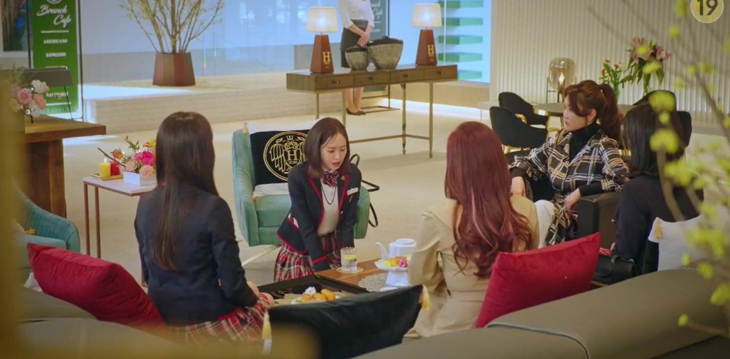 Thánh trợn Eun Byul sốc thuốc, một tay giết chết Ro Na ở Penthouse 2 tập 5? - Ảnh 2.
