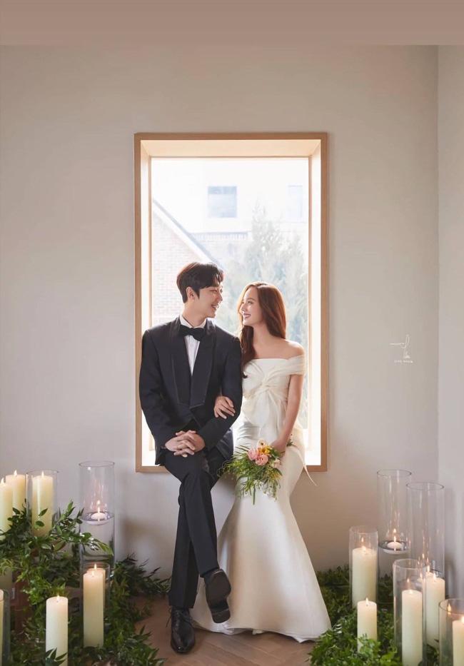 Bộ ba nữ chính Penthouse diện váy cưới: Tiểu tam lồng lộn hết cỡ nhưng có đánh bại được sự tinh tế của bà cả Lee Ji Ah? - ảnh 10