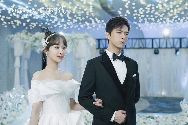 Dương Tử - Lý Hiện như cô dâu chú rể tại sự kiện, hành động lúng túng của Gun Thần với bạn diễn gây bão - ảnh 4