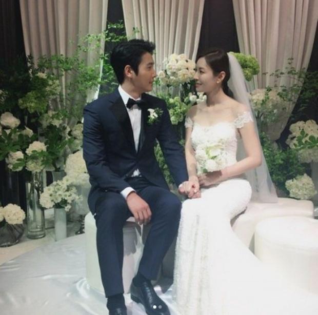 Chuyện tình ác nữ Penthouse Kim So Yeon và tài tử hiền lành: Từ màn mượn rượu tỏ tình có 1-0-2 trong lịch sử đến cuộc hôn nhân vàng của châu Á - ảnh 17