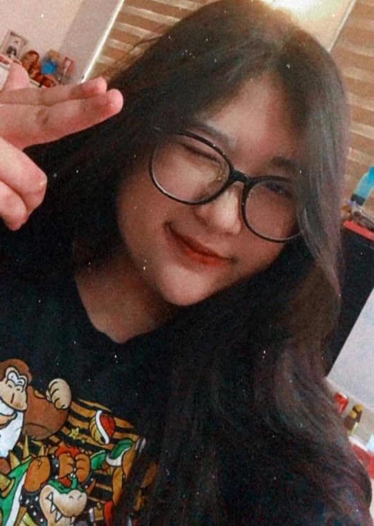Con gái xinh xắn của Hồng Vân học trường quốc tế nhưng học phí thấp bất ngờ - ảnh 3