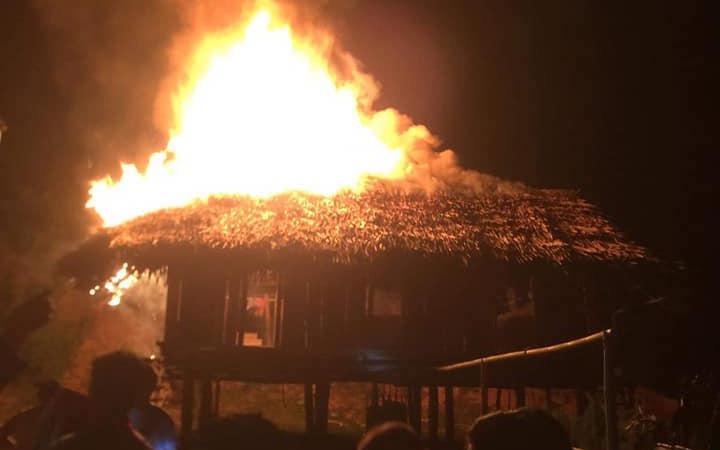 Nghệ An: Con trai châm lửa đốt nhà bố mẹ do xin không được tiền