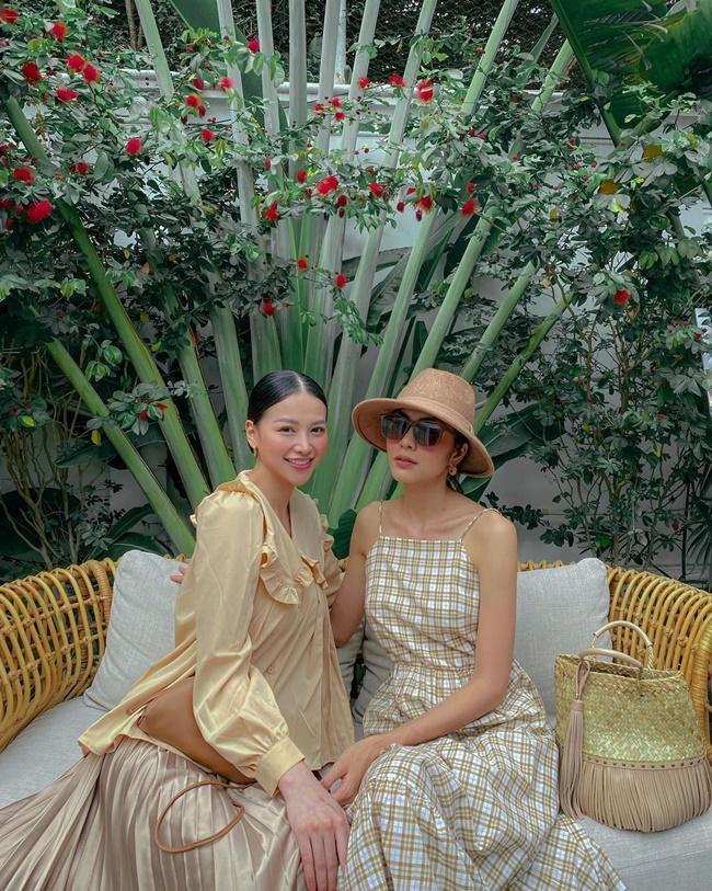 Hà Tăng khi chung khung hình với dàn Hoa hậu: Dù makeup đậm hay nhạt cũng không ngán bất cứ ai - ảnh 3