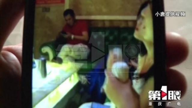Khoảng tối phía sau con đường nghệ thuật hào nhoáng ở Trung Quốc: Nợ ngập đầu tiền phẫu thuật thẩm mỹ, người mẫu học catwalk chỉ để đi bồi rượu - ảnh 3