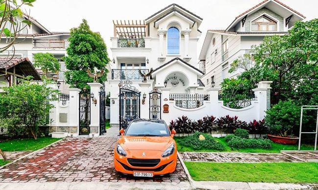 Danh tính và sự giàu có khủng khiếp của người chi 7,5 tỷ mời Quách Thái Công làm nội thất - Ảnh 3.