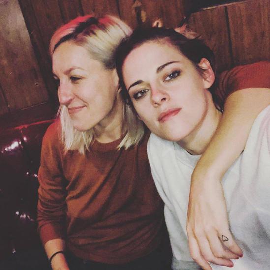 Rộ tin Kristen Stewart (Chạng Vạng) chia tay bạn gái sau 1 năm hẹn hò vì ngoại tình với nữ diễn viên phim Thor - ảnh 2