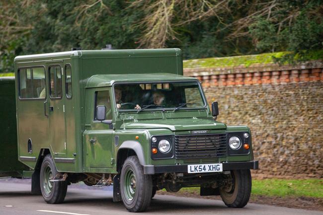 Điều bất ngờ về chiếc xe chở linh cữu Hoàng tế Philip trong ngày đưa tang, cỗ quan tài cũng mang ý nghĩa đặc biệt - ảnh 2