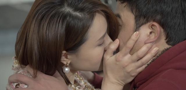 4 diễn viên và điều cấm kị khi làm nghề: Hồng Diễm né sạch cảnh hôn, Kim Jung Hyun skinship no no! vì bạn gái - Ảnh 4.