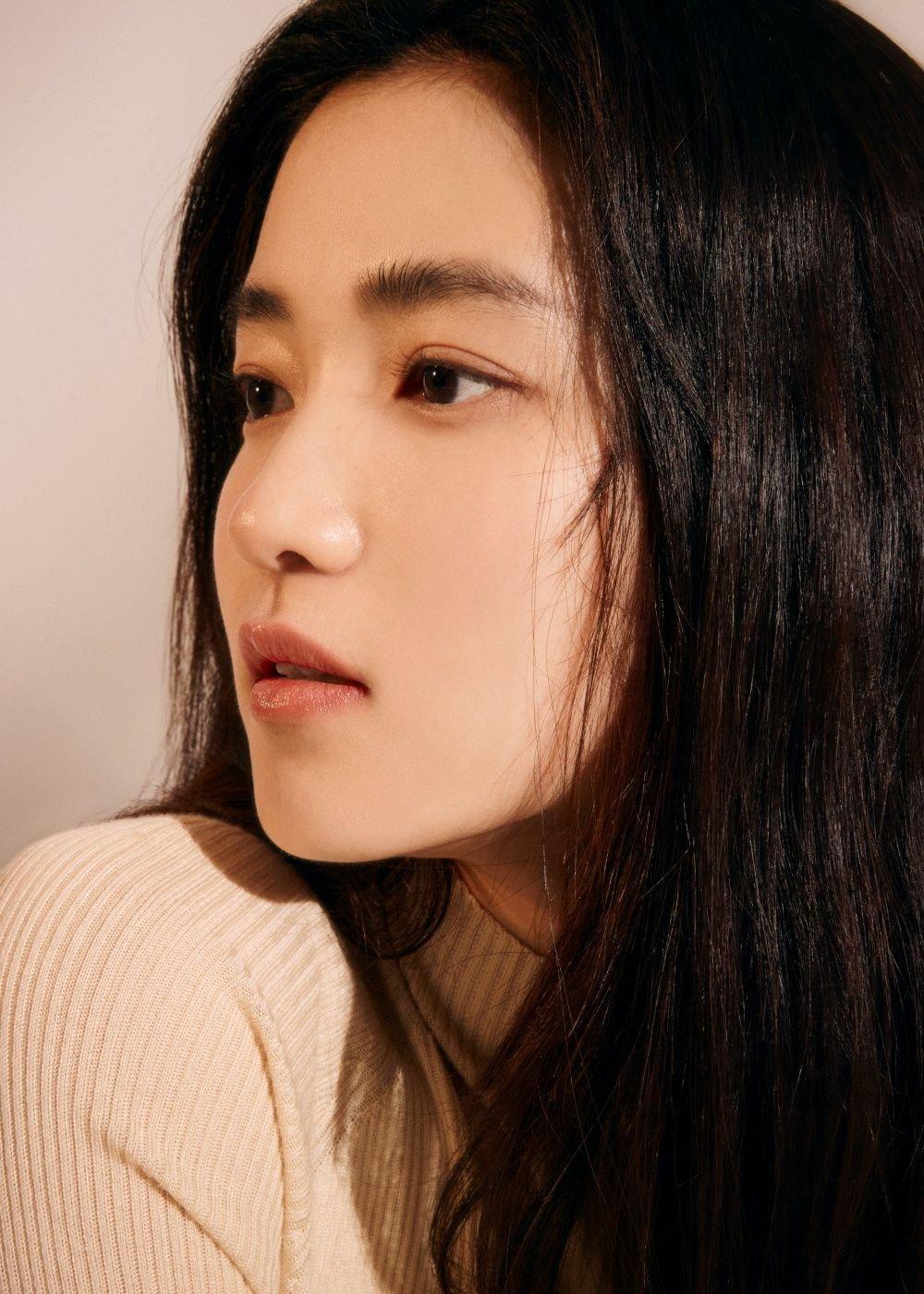 Knet yêu cầu Seo Ye Ji rút lui khỏi làng giải trí, gọi tên loạt sao nữ cùng sinh năm 1990 tài sắc gấp vạn lần - Ảnh 5.