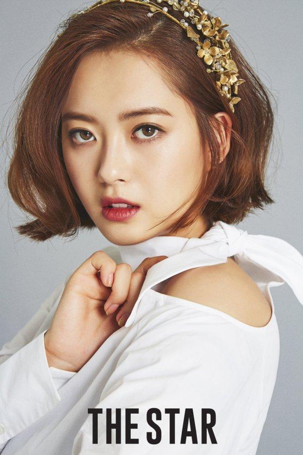 Knet yêu cầu Seo Ye Ji rút lui khỏi làng giải trí, gọi tên loạt sao nữ cùng sinh năm 1990 tài sắc gấp vạn lần - Ảnh 7.