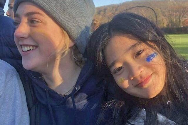Cháu gái gia tộc Samsung lộ diện đã lập tức gây bão MXH với diện mạo thanh thuần nhưng chiếm trọn spotlight lại là bộ quần áo của tiểu thư 17 tuổi - ảnh 10