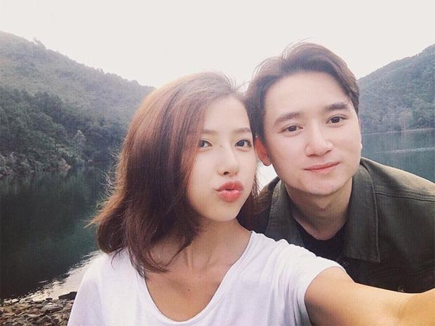 5 năm yêu của Phan Mạnh Quỳnh và vợ hotgirl: Từ bị hoài nghi đến màn cầu hôn gây sốt, chàng cưng nàng số 1 thấy mà ghen! - ảnh 13