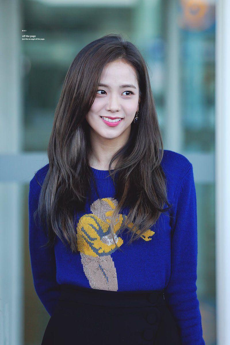 Đẳng cấp của idol đẹp như Hoa hậu: Jisoo chứng minh khả năng cân được mọi màu tóc, từ cơ bản đến chóe lọe - Ảnh 2.