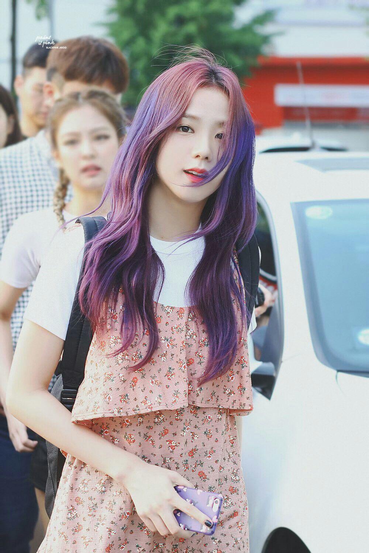 Đẳng cấp của idol đẹp như Hoa hậu: Jisoo chứng minh khả năng cân được mọi màu tóc, từ cơ bản đến chóe lọe - Ảnh 5.