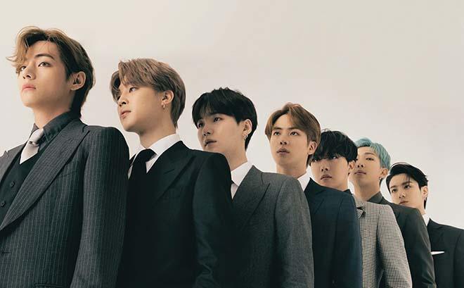 BTS tự khui ảnh hồi đi học trong concert: Ai rồi cũng dậy thì thành công, riêng V và Jungkook đúng là siêu visual ngay từ bé - ảnh 36