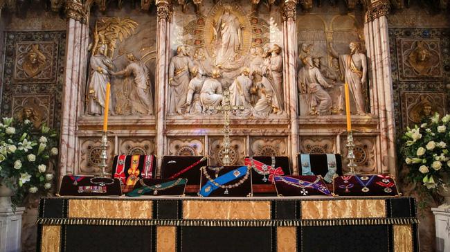 Nhìn lại những khoảnh khắc không thể nào quên trong đám tang Hoàng tế Philip, một trong những ngày buồn nhất của Nữ hoàng Anh - ảnh 2