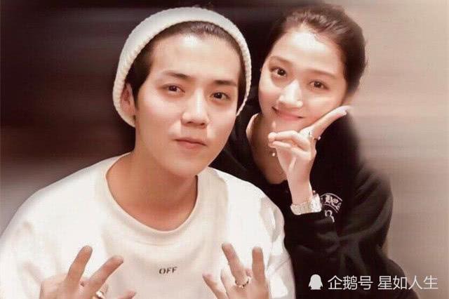 Nay Cbiz náo loạn vì 2 cặp đôi: Luhan - Quan Hiểu Đồng chính thức toang, La Chí Tường tái hợp với hotgirl dao kéo? - ảnh 1