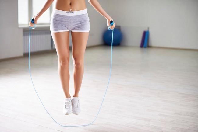 4 lầm tưởng phổ biến khi chọn nhảy dây để cải thiện vóc dáng, làm sai có thể khiến chân to như cột đình - ảnh 1