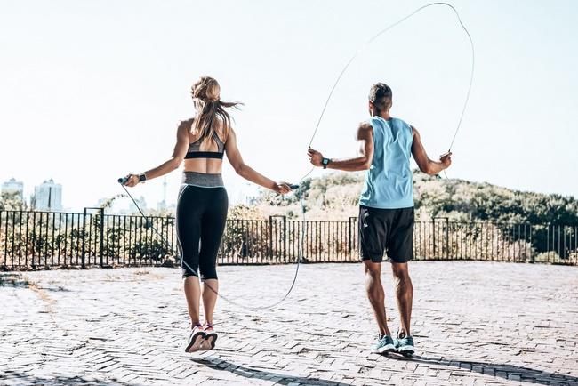 4 lầm tưởng phổ biến khi chọn nhảy dây để cải thiện vóc dáng, làm sai có thể khiến chân to như cột đình - ảnh 2